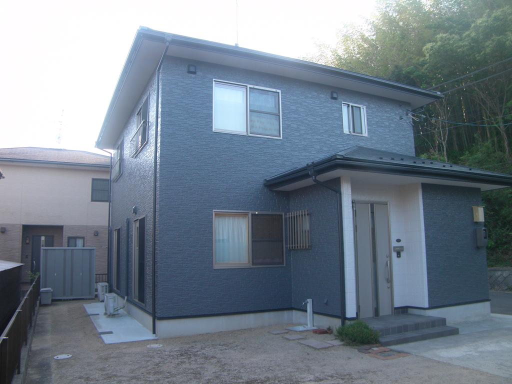 N様ご邸宅/2016年5月竣工 外壁:クリーンマイルドシリコン/屋根:クールタイトSi / after1