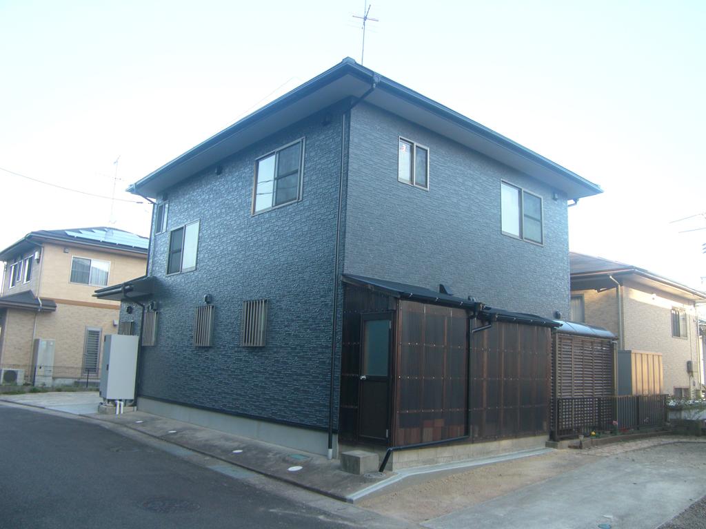 N様ご邸宅/2016年5月竣工 外壁:クリーンマイルドシリコン/屋根:クールタイトSi / after3