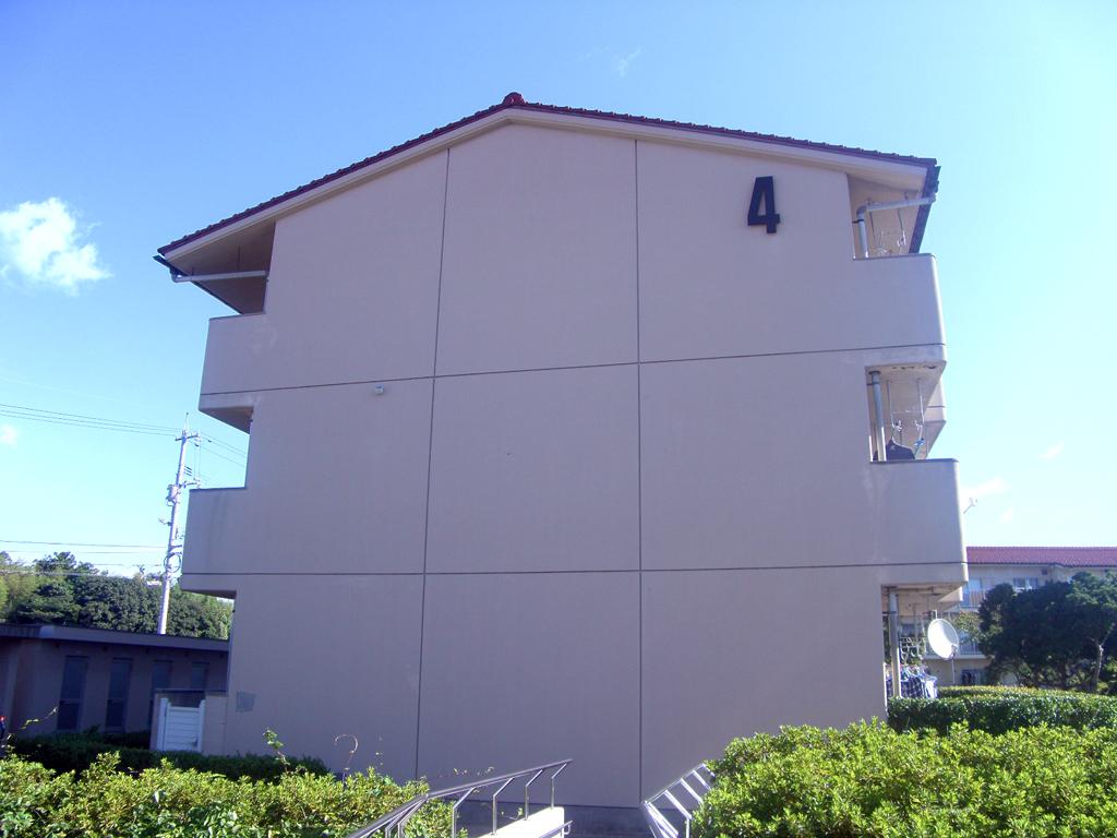 島根県営住宅(松江市新古曽志団地)4号棟外壁改修外工事 着工前1