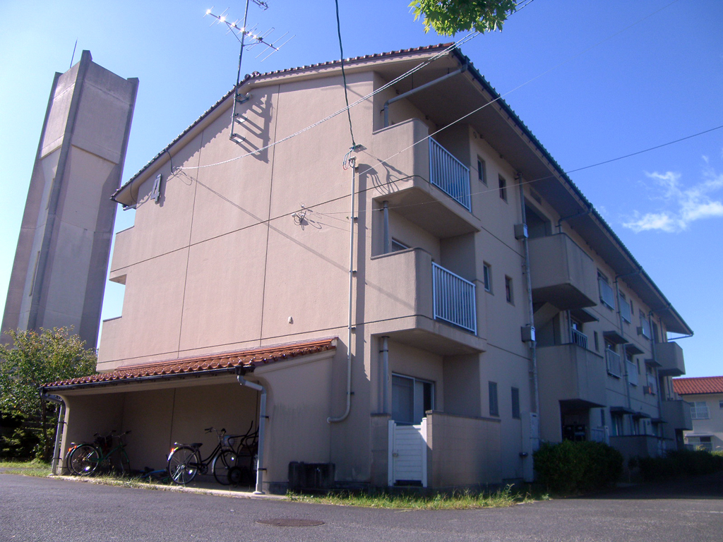 島根県営住宅(松江市新古曽志団地)4号棟外壁改修外工事 着工前3