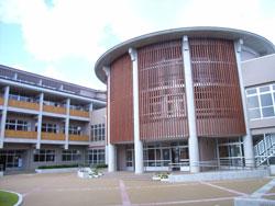 松江市立鹿島中学校  校舎