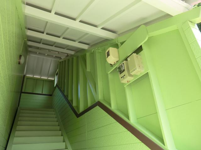 コーポセピア/2012年9月竣工 超低汚染型NAD特殊ポリウレタン樹脂塗料 竣工 階段室