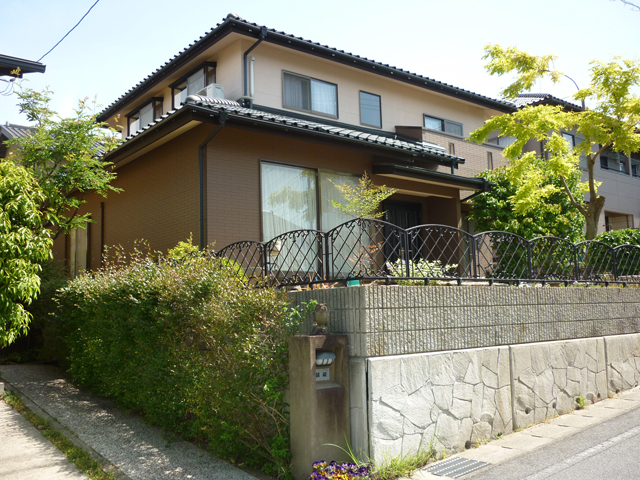 O様ご邸宅/2013年5月竣工 外壁:ナノコンポジットW 竣工後02