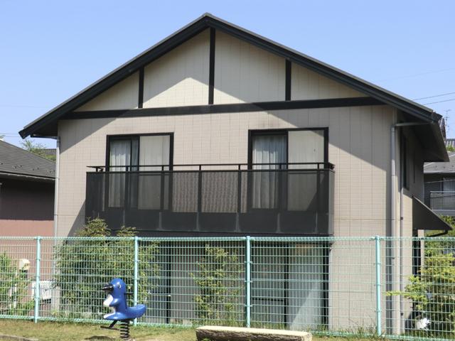 K様ご邸宅/2013年10月竣工 外壁:クリーンマイルドシリコン 屋根:ヤネフレッシュSi 着工前2