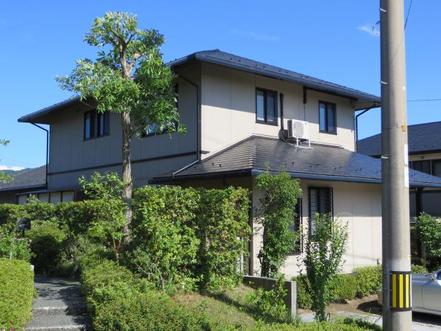 M様ご邸宅/2013年12月竣工 外壁:ナノコンポジットW 屋根:クールタイトSi