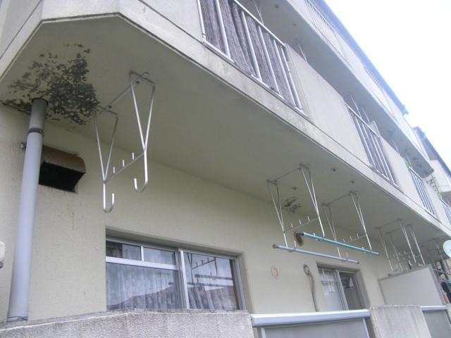 県営淞北台団地3号棟 外壁/2014年12月改修 着工前03