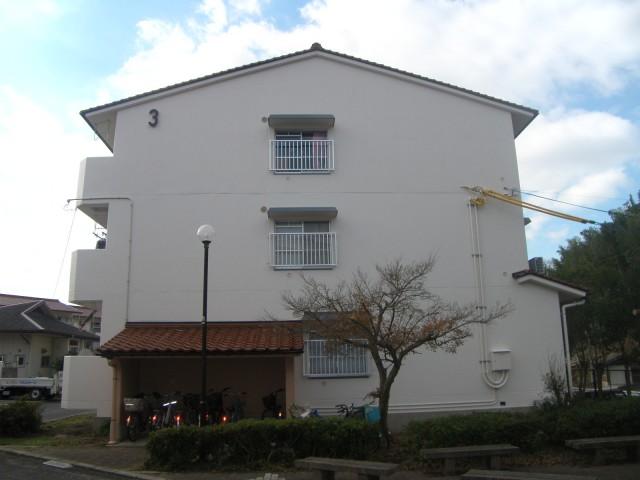 県営淞北台団地3号棟 外壁/2014年12月改修 竣工02