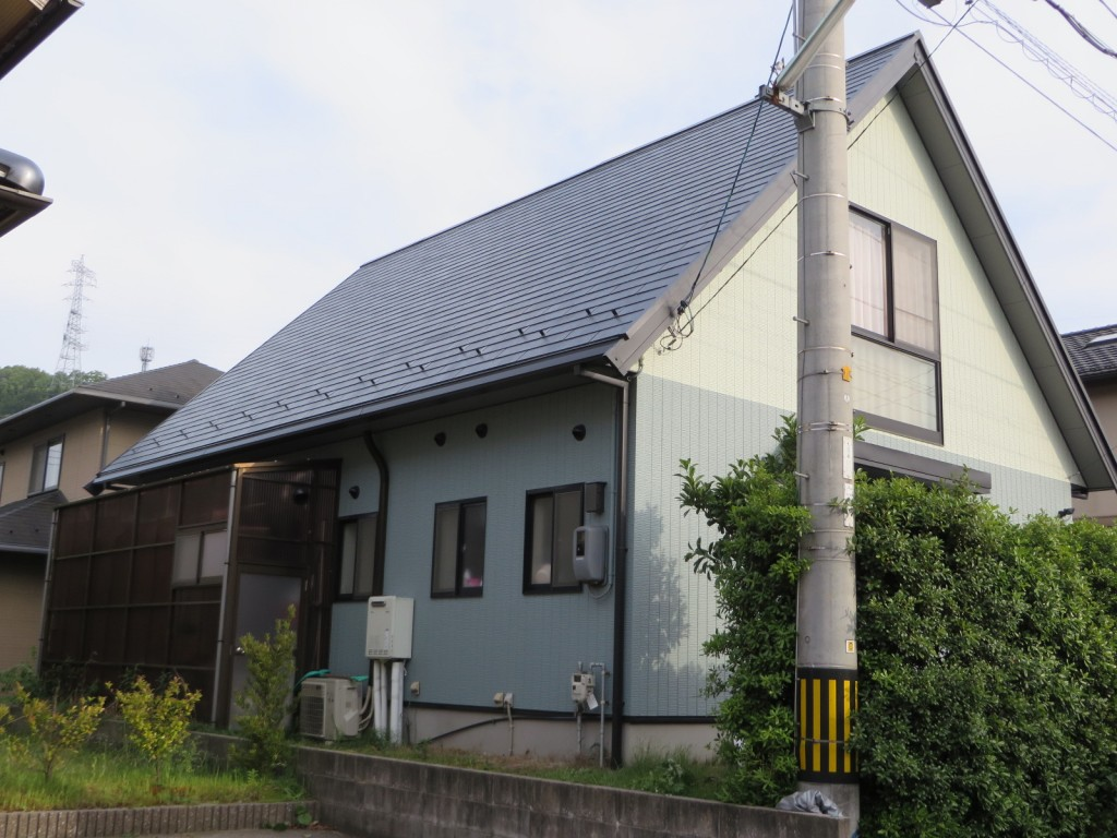 M様ご邸宅/2015年5月竣工 外壁:ナノコンポジットW/屋根:クールタイトF 竣工3