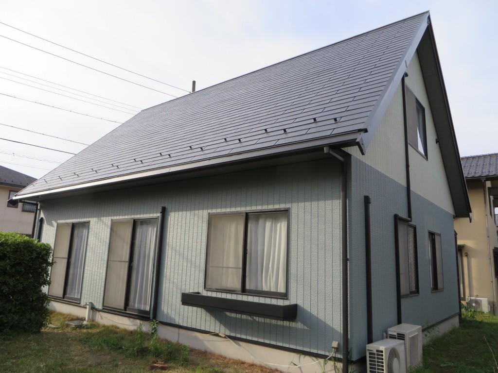 M様ご邸宅/2015年5月竣工 外壁:ナノコンポジットW/屋根:クールタイトF 竣工2