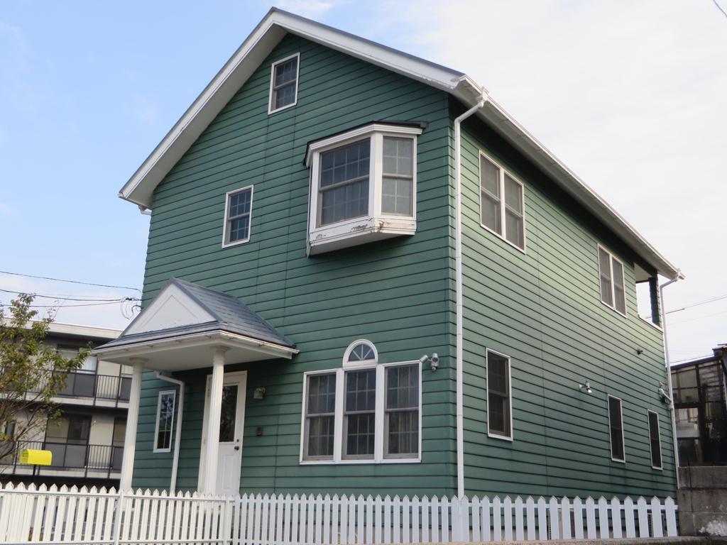 M様ご邸宅/2015年5月竣工 外壁:ナノコンポジットW/屋根:クールタイトSi 着工前1