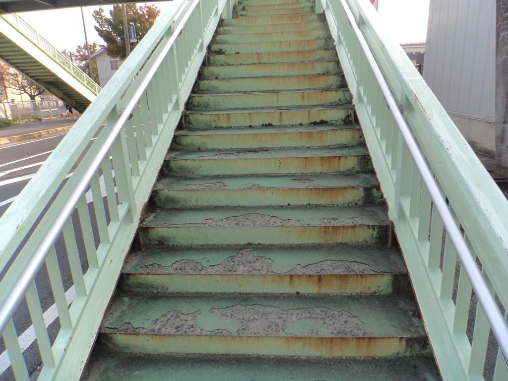 市道東津田鼻曲線 津田横断歩道橋再塗装工事 着工前02