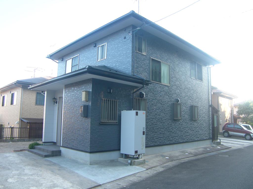 N様ご邸宅/2016年5月竣工 外壁:クリーンマイルドシリコン/屋根:クールタイトSi / after2
