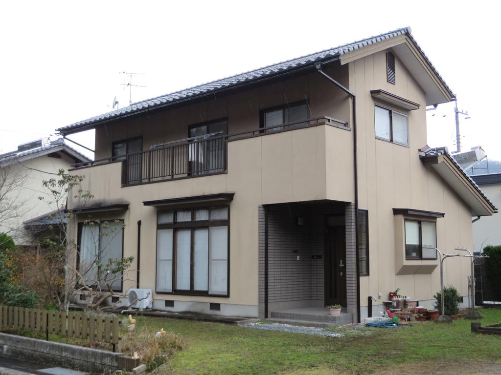 N様ご邸宅/2016年6月竣工 外壁:シリコンテックス/木部:キシラデコール/before1