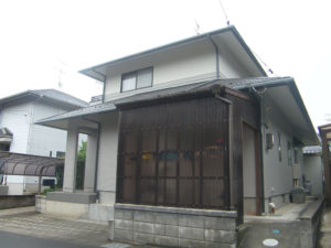 H様ご邸宅/2018年6月竣工 外壁:ナノコンポジットW 竣工2