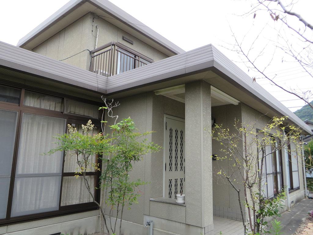 I様ご邸宅/2018年9月竣工 外壁:ナノコンポジットW/屋根:クールタイトSi 着工前1