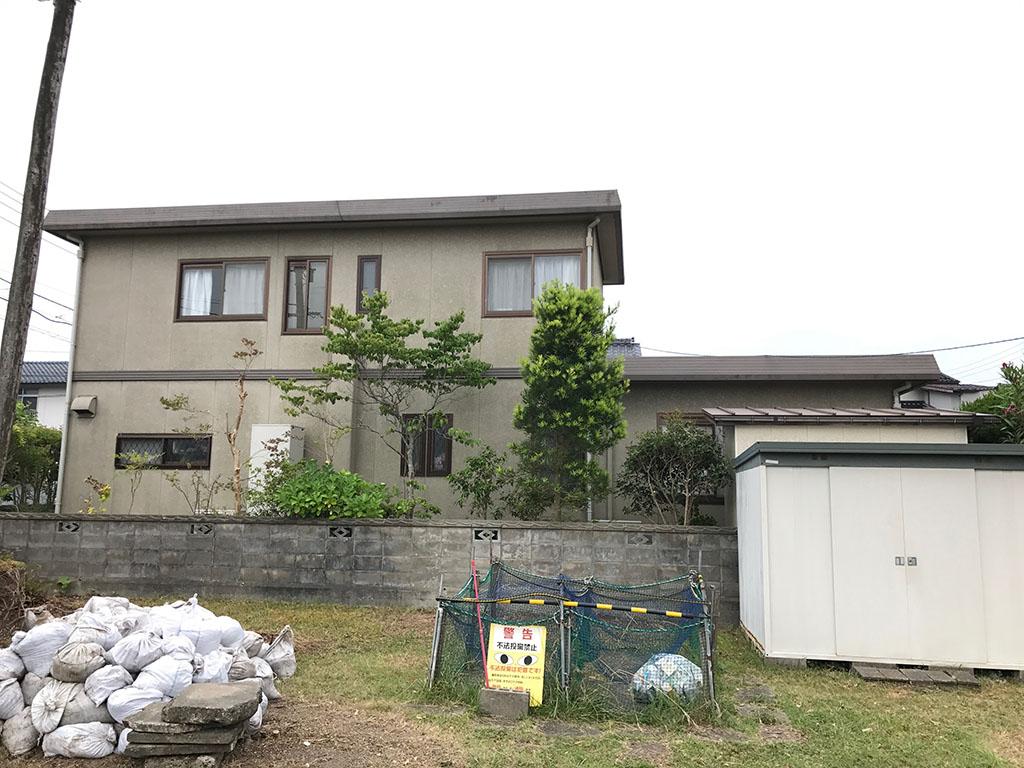 I様ご邸宅/2018年9月竣工 外壁:ナノコンポジットW/屋根:クールタイトSi 着工前3