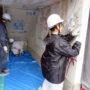 旧塗膜の剥ぎ取り作業