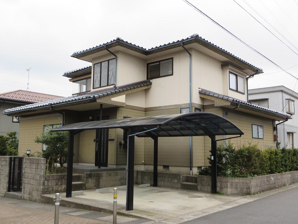 A様ご邸宅/2019年11月竣工 外壁:プレミアムシリコン/屋根:補修/雨樋:取り替え